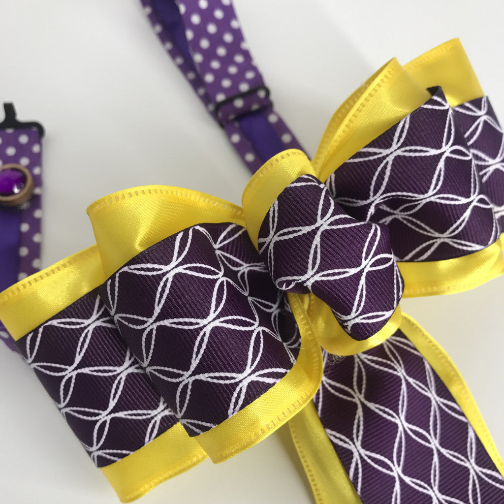 Royalty On Top Chic Bow Tie (2.5in)