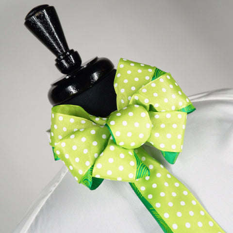 Polka Dot Chic Bow Tie (1.5in.) Doubled