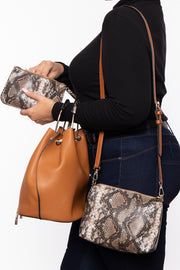 Curvy Sense -Plus_Size_Womens- Hanover Snake Trim 3 in 1 Bucket Bag - Cognac
