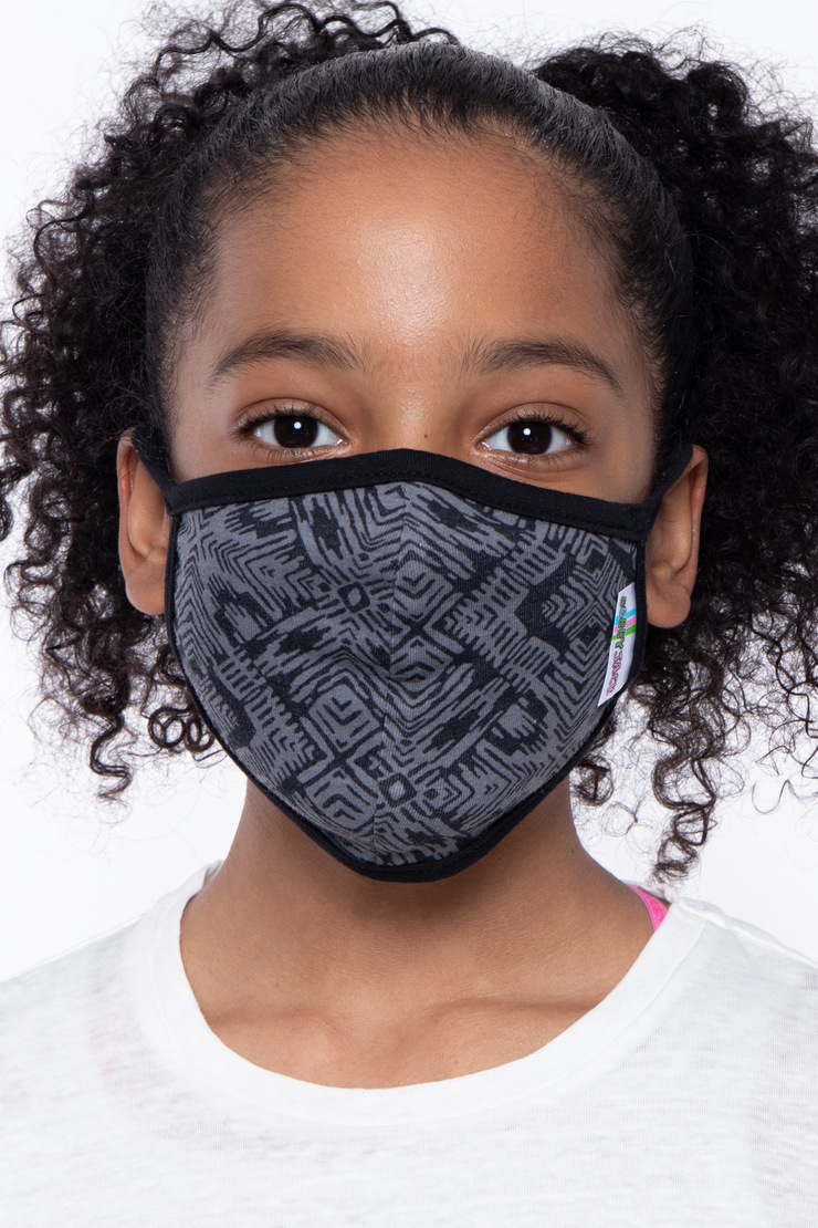 Curvy Sense -Plus_Size_Womens- Kids Washable Fun Patterns Face Mask ( Ages 4 - 11 ) -  Abstract Black