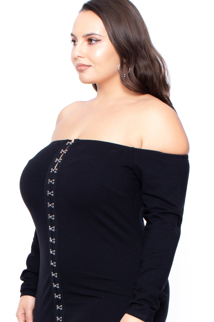 Plus Size Abrianna Hook & Clasp Dress - Black
