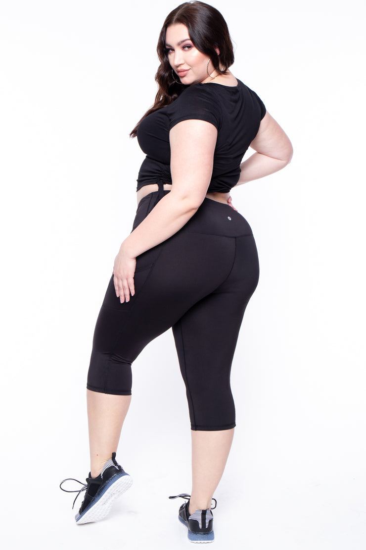 Curvy Sense -Plus_Size_Womens- Plus Size Active Capri Side Pocket Legging - Black