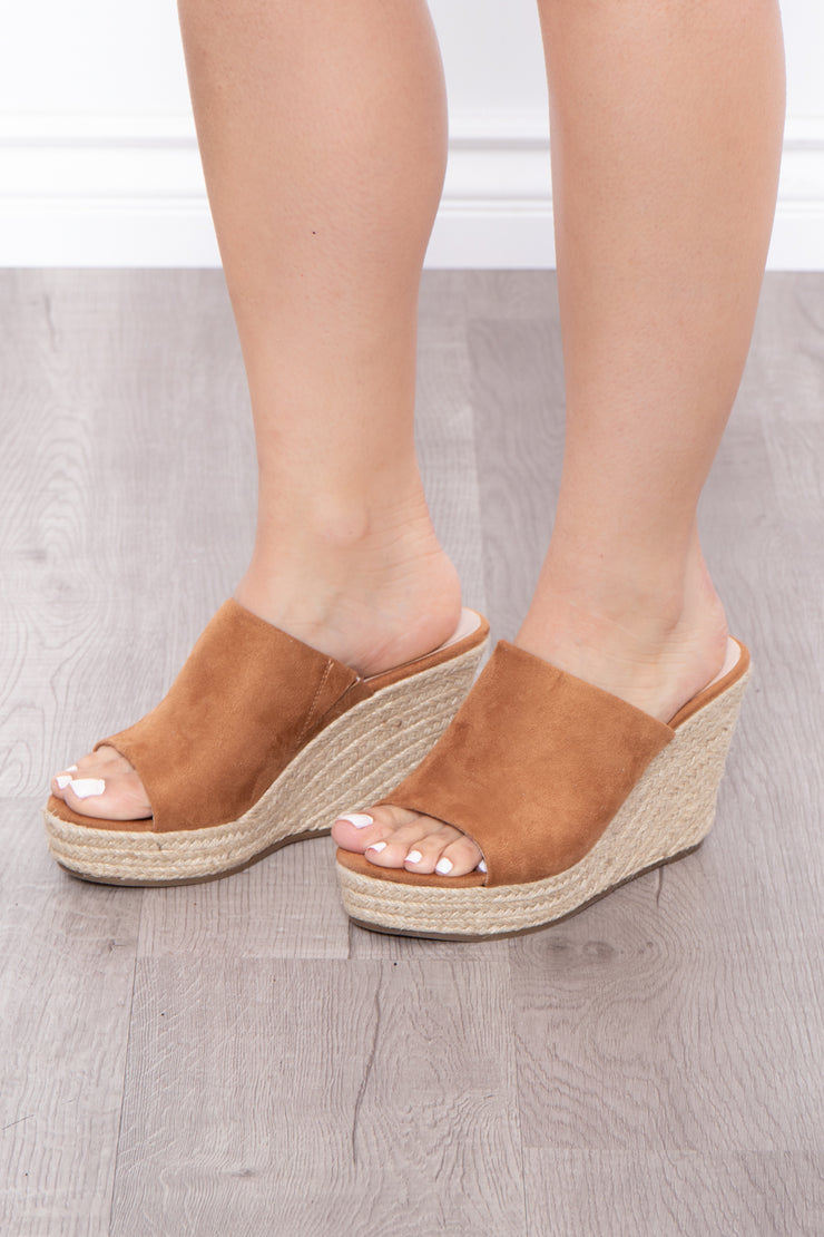 Alabama Slammer Slip On Wedges - Camel