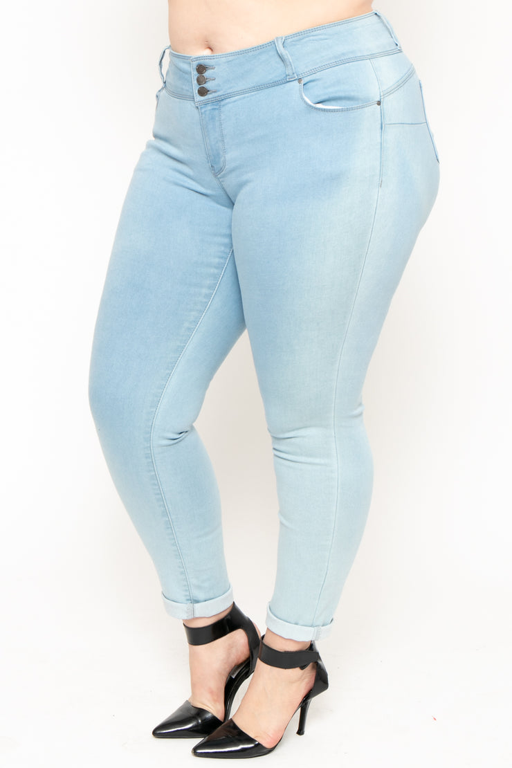 Plus Size 3-Button Push Up Skinny Jean - Light Wash