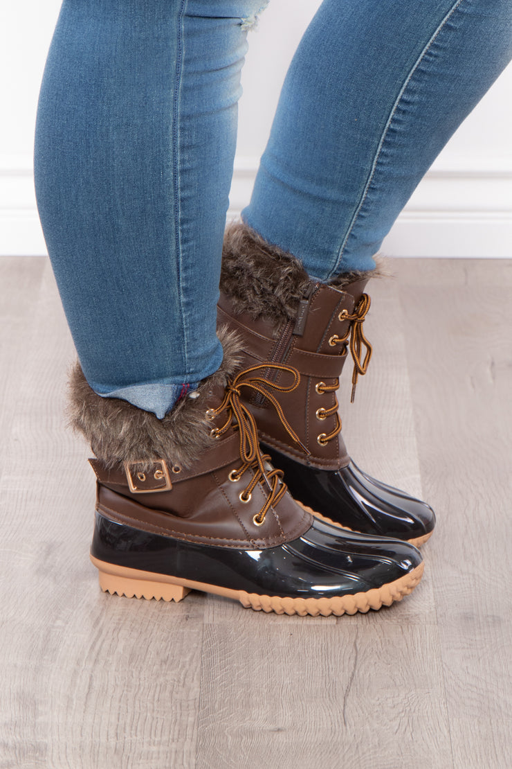 Fluffy Duck Lace Up + Zipper Boots - Brown