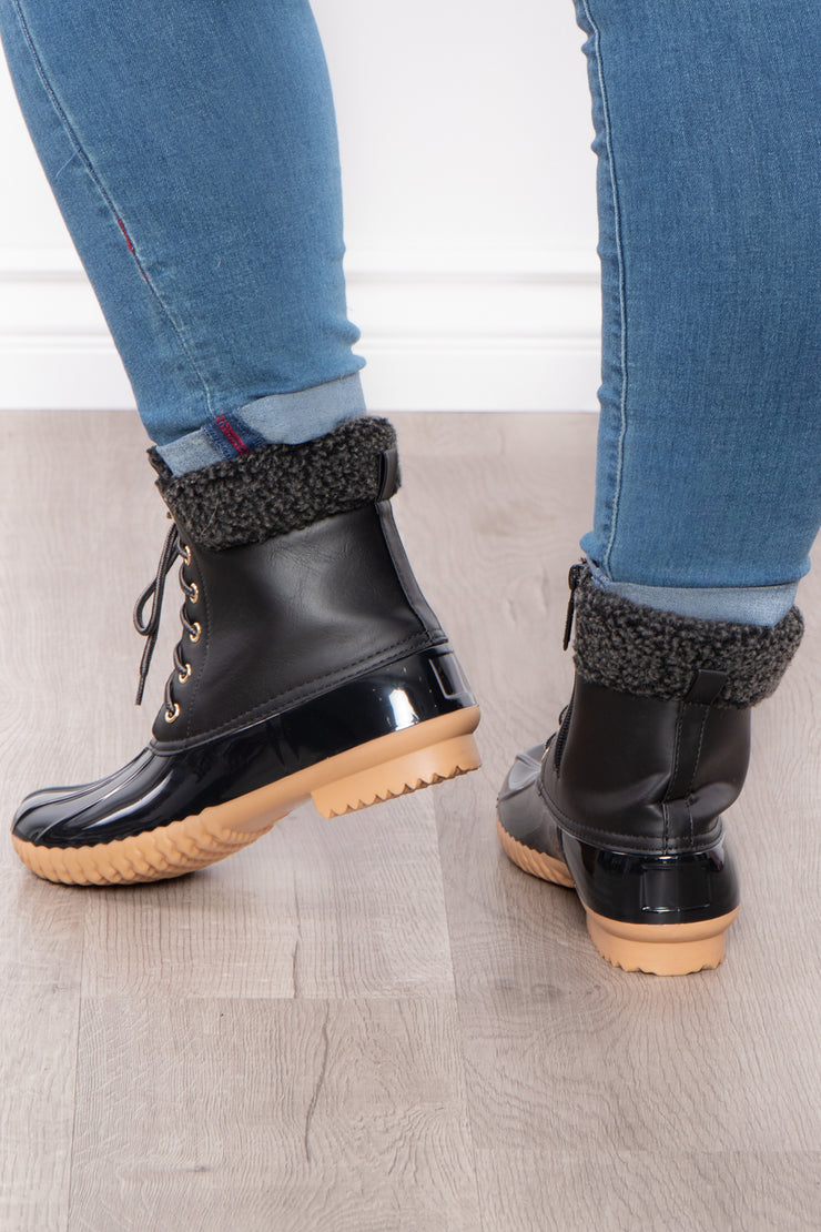 Fuzzy Navel Lace Up + Zipper Boots - Black