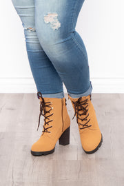 Curvy Sense -Plus_Size_Womens- New York Sour Lace-Up Heeled Boots - Tan