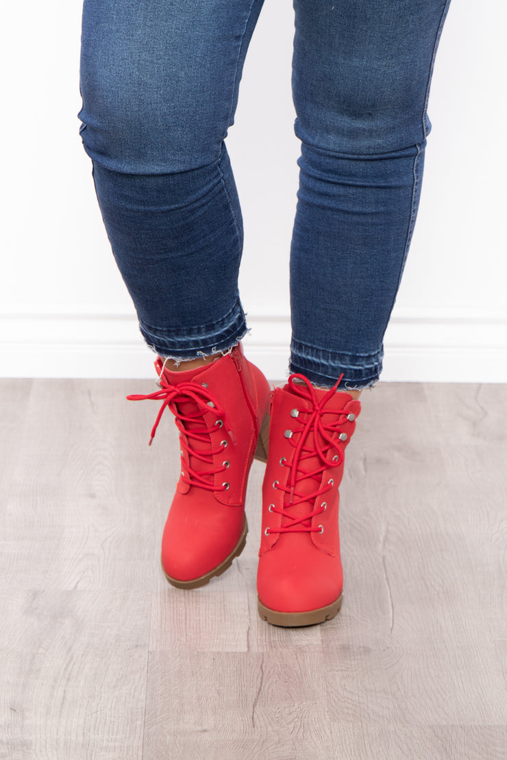 New York Sour Lace-Up Heeled Boots - Red