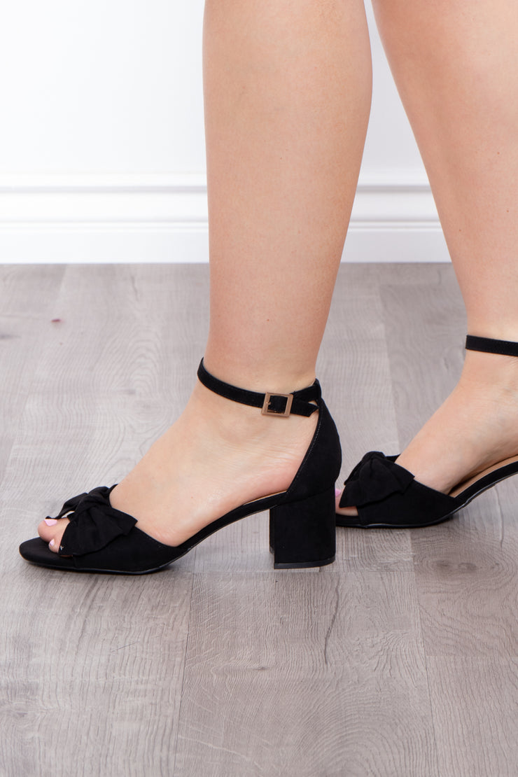 Blushing Lady Bow Block Heels - Black
