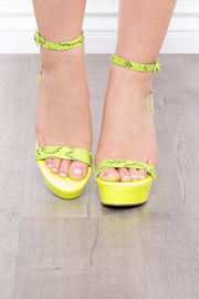 Mercadito Snake & Neon Wedges - Neon Green