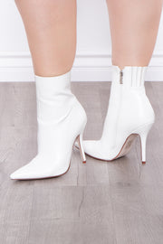 Cordial Pointed Stiletto Booties - White