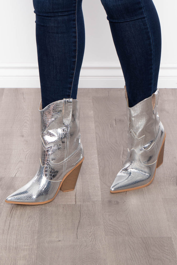 On The Rocks Gator Cowgirl Boot - Silver