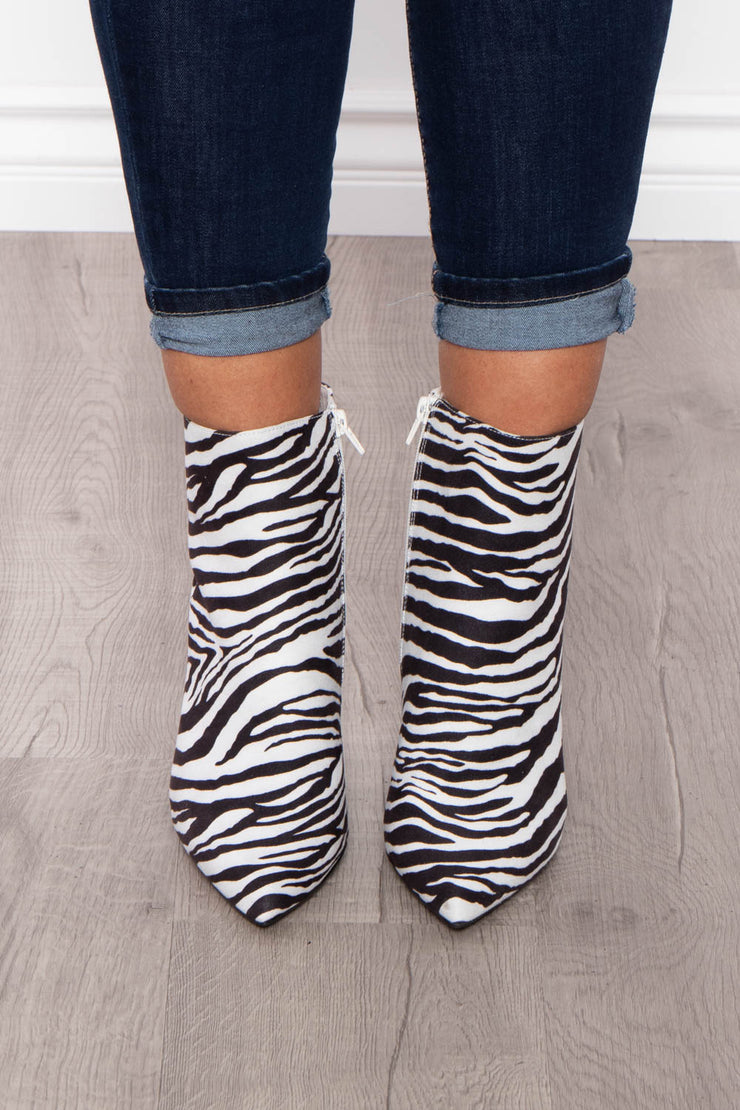 Kir Royale Animal Zip Up Boots - White