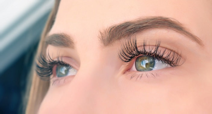 10 Things You Can Do Instead Of Applying Mascara Every Day