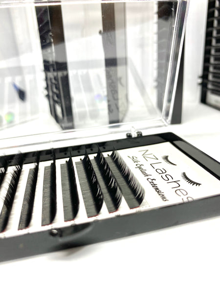 L+ Curl Lashes - 0.15 Mixed Length (8-15mm)