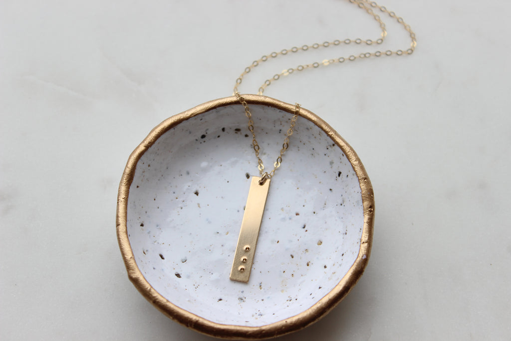Symbolic Dot Vertical Bar Necklace