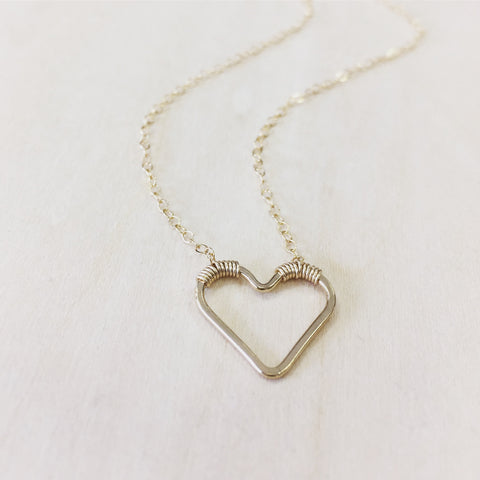 Sweetheart Necklace - Horizontal