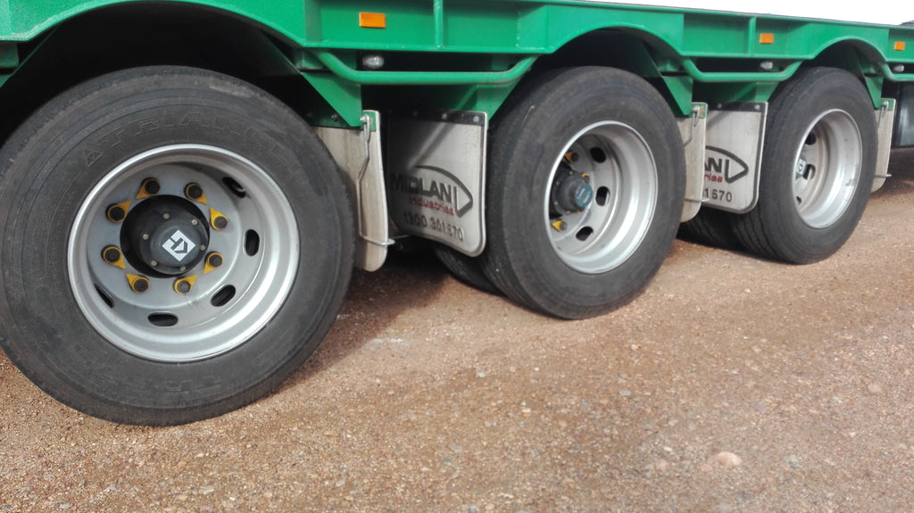 Extra large loose wheel nut indicators available for trucks - 30mm right up to 50mm. Australian Made NutWare
