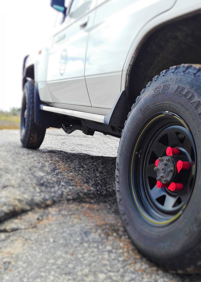 NutWare's  RED Loose Wheel Nut Indicators on the Land Cruiser 70 Series workmate V8
