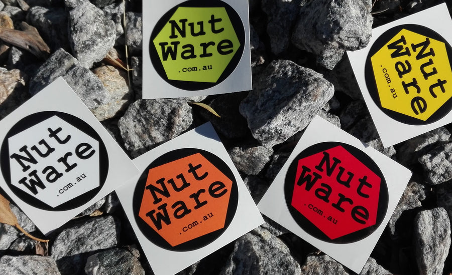 NutWare Loose Wheel Nut Indicators - Stickers // vinyl, waterproof and uv stable -  Black, Green, Orange, Red and Yellow