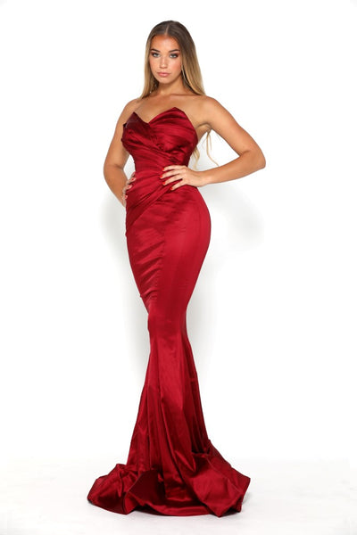 STELLA GOWN SPLIT DEEP RED