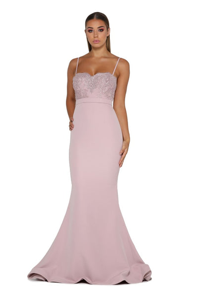 BRIAR ROSE WITH LACE TRAIN MAUVE
