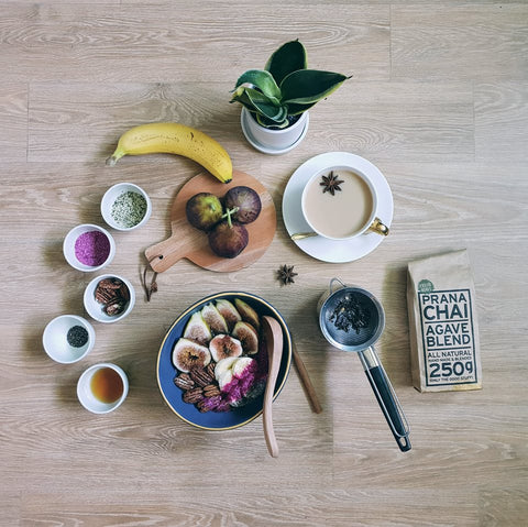 prana-chai-with-other-beautiful-foods-at-home