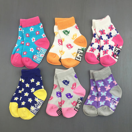 products/infant-girl-baby-socks-gift-Breezy.jpg