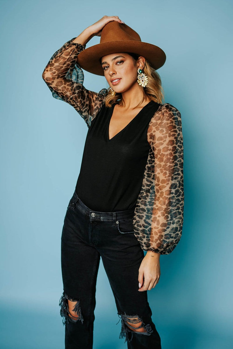 Amigas Cheetahs Leopard Puff Sleeve Top