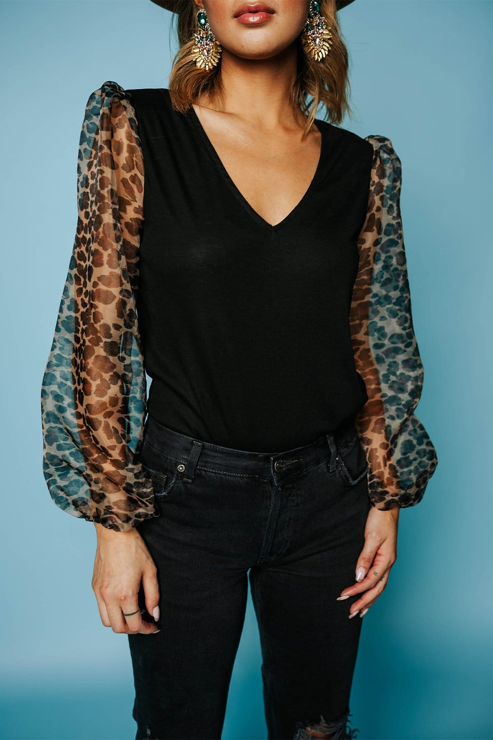 WAREHOUSE  Amigas Cheetahs Leopard Puff Sleeve Top