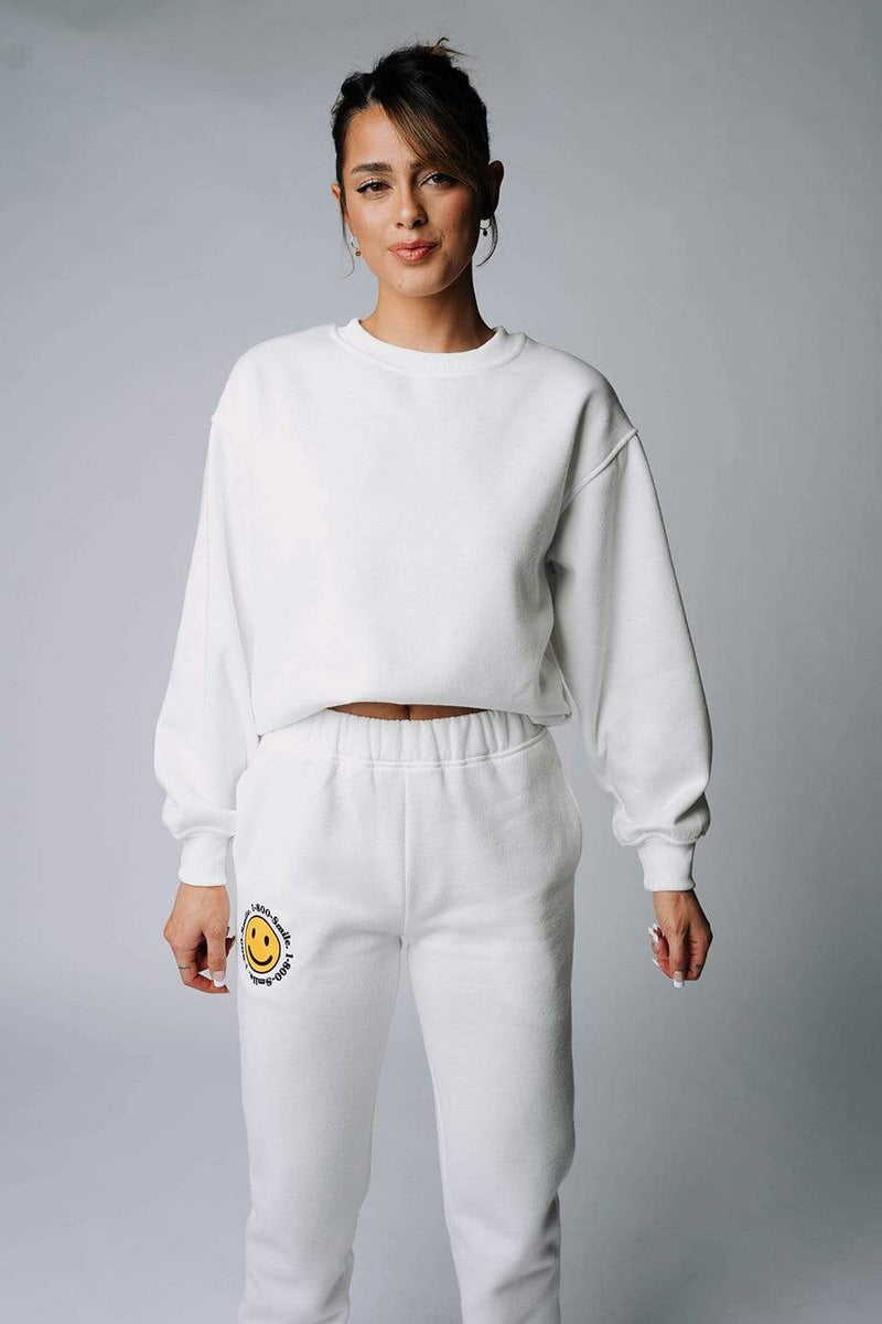 Clad and Cloth, The Justin Sweatshirt in Off-White, Bailey Rose, Top.