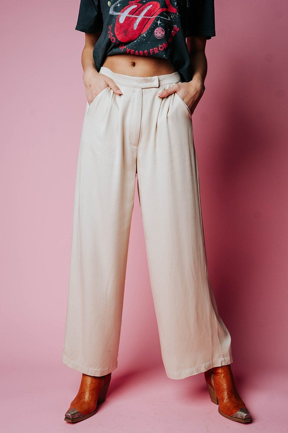 Welcome to New York Pant in Beige Bottom n/a Clad and Cloth
