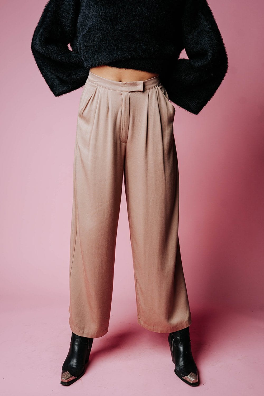 Welcome to New York Pant in Camel Bottom n/a Clad and Cloth