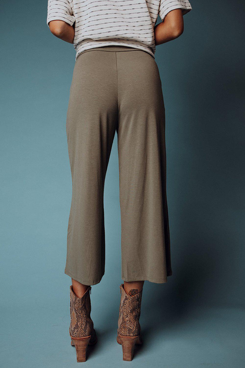 best_seller, Lounger Pant in Olive, Bottom, women's clothing, dresses, skirts, coats, jackets, shoes, boots, tops, tee shirts, jeans, free people, levi's, rollas, jumpsuits, bottoms, tops, sweaters, pullovers, pants, shorts, sweats,.