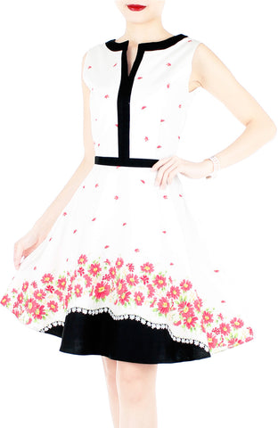 Carmine Daisies Flare Dress with Black Trims - White