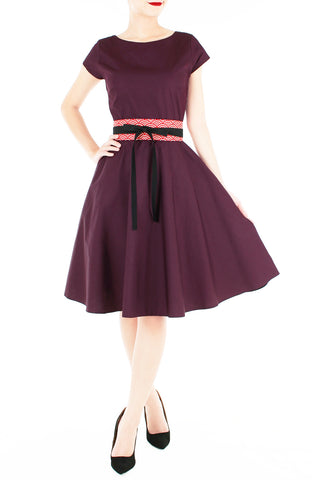 products/Classic_Weekender_Flare_Tea_Dress_Mulberry-1_6d15b56a-da7a-470a-8ea3-48a946e0f689.jpg