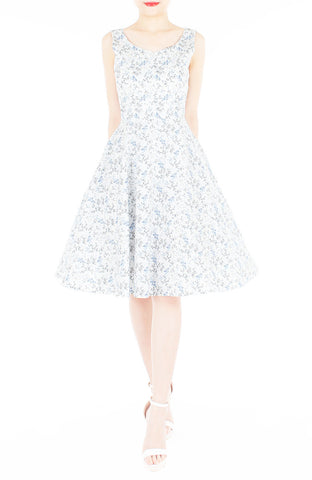 Delicate Kinmokusei Flare Midi Dress - White