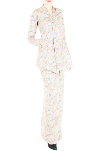 products/Flawless-in-Pastel-Fleurs-Modern-Kebaya-1.jpg