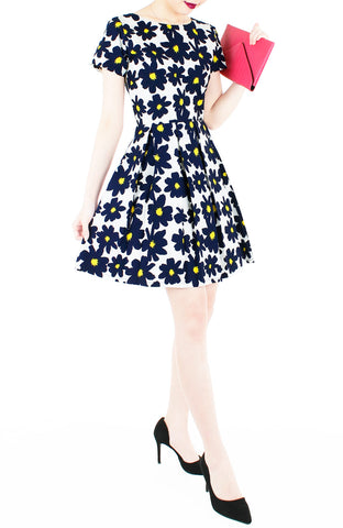 products/Midnight_Jazz_Rendition_Flare_Dress_with_Short_Sleeves-2.jpg