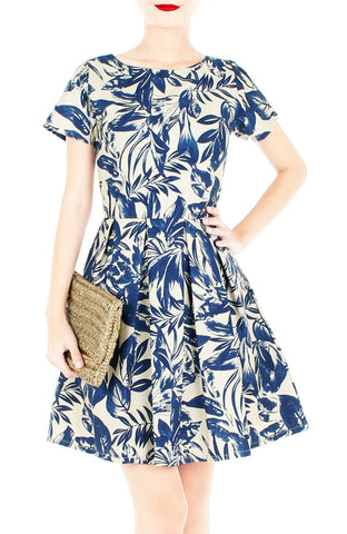 products/Tranquil_Tropical_Warrior_Flare_Dress_with_Short_Sleeves-1_0e98cc1c-e55e-485f-b9b1-2e8714398613.jpg
