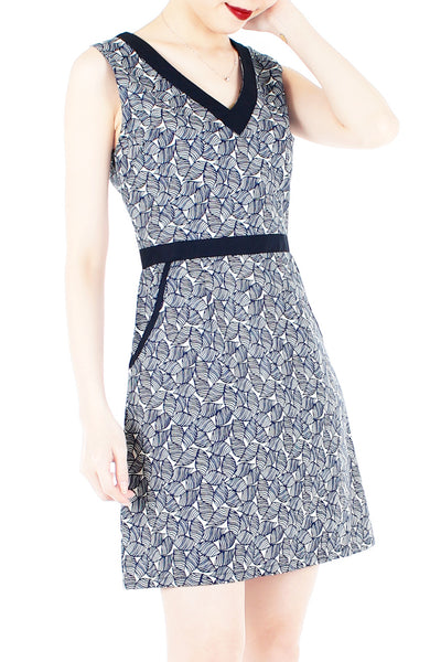 Turn Over a New Leaf 60s Mod A-Line Dress - Navy