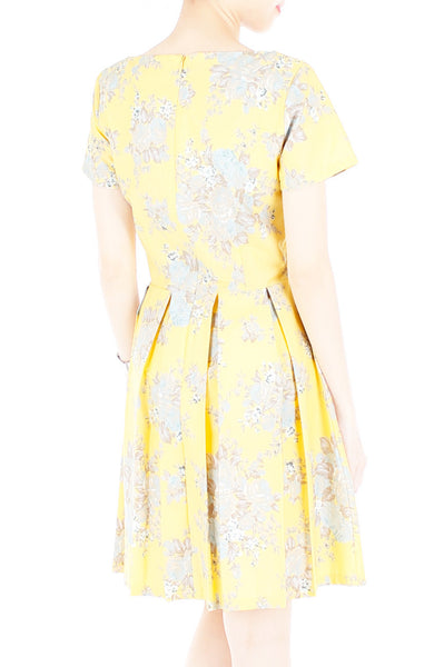 Vintage Heirloom Roses Flare Dress with Short Sleeves - Yellow