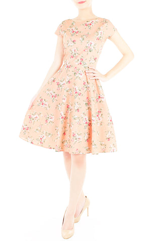 products/Vintage_Peach_Blooms_Flare_Tea_Dress-1_36aac2d3-7b06-4e72-92c2-1187699f1461.jpg