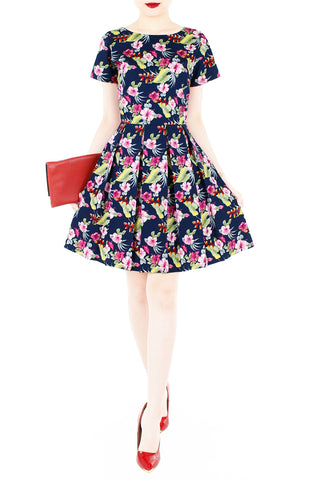 products/Waterfront_Tropical_Flare_Dress_with_Short_Sleeves-2.jpg