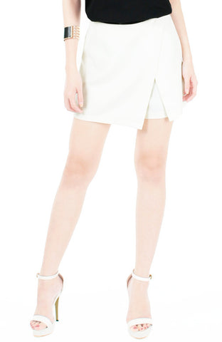 The Velocity Shorts - White