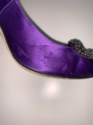 Manolo Blahnik Hangisi Purple Satin 37.5