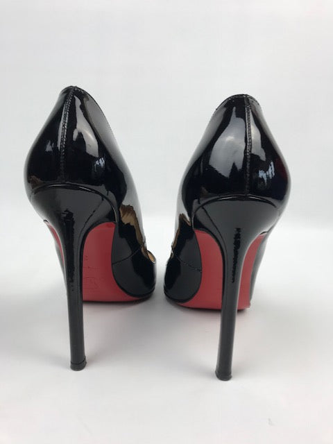 lowest price 5b75d 59886 Christian Louboutin Pigalle Patent Black 35 (Resoled)