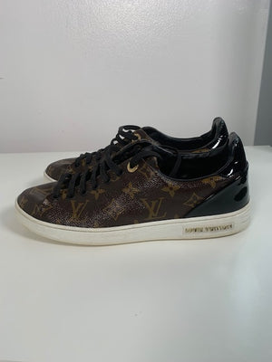 Louis Vuitton Frontrow Monogram Sneakers 39