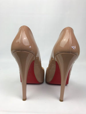 Christian Louboutin Very Prive Nude Patent 39