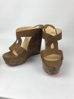 Christian Louboutin Rotondodo Tan Wedges 38